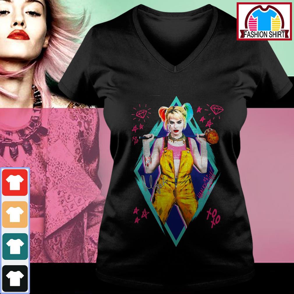 Official Birds of Prey Harley Quinn signature shirt by tshirtat store V-neck T-shirt